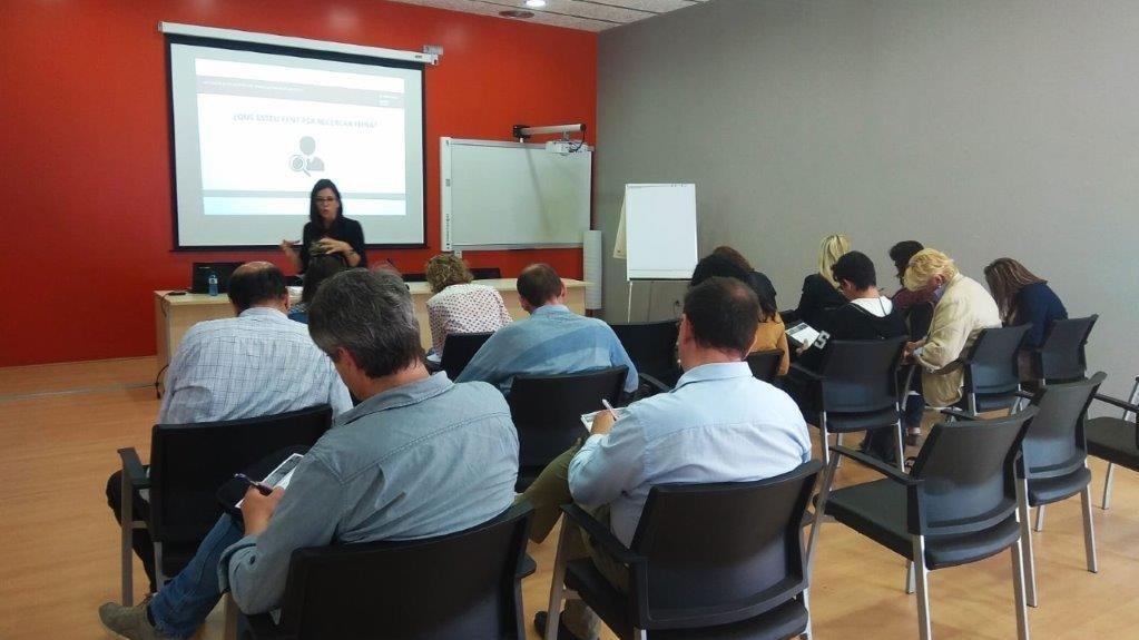 La formació d'aquesta setmana s'ha centrat en el foment de l'emprenedoria i l'orientació professional