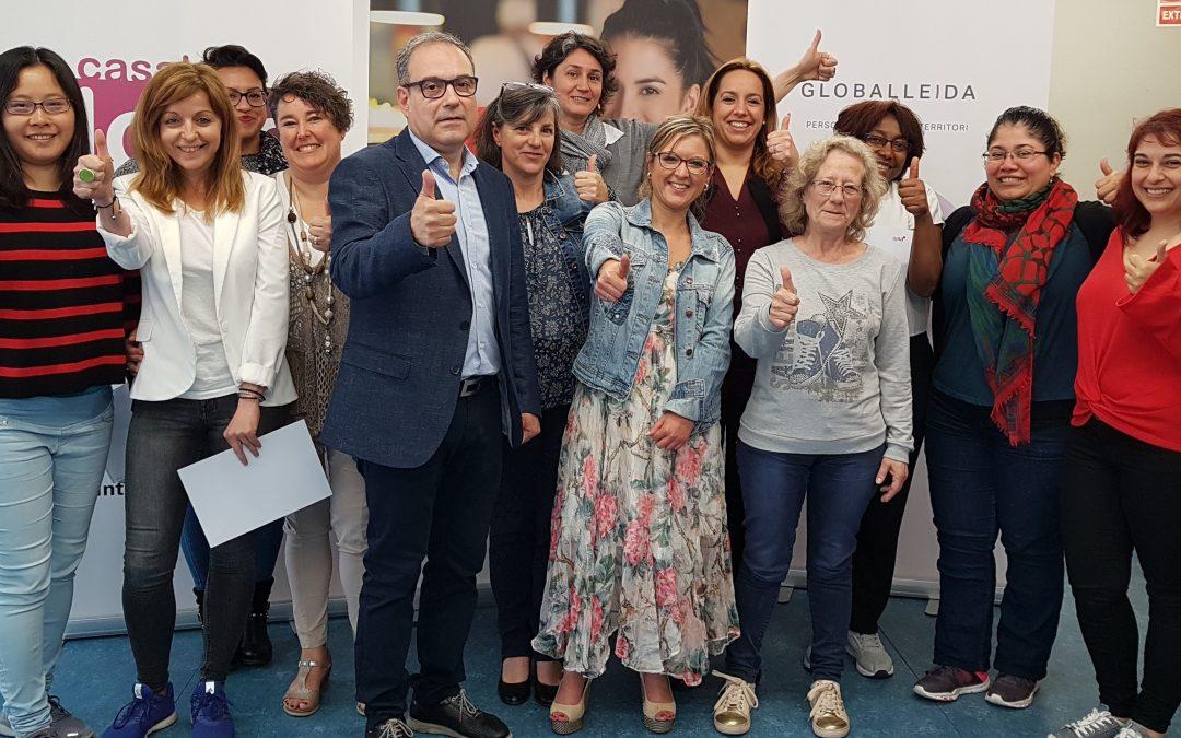Avui s'han lliurat els reconeixements a les participants del programa GIRA Mujeres a Lleida
