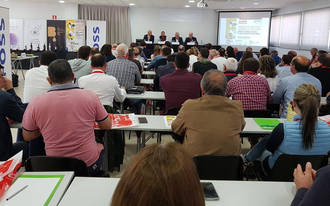Més de 80 inscrits a la Trobada de Mestres i Operaris d'Almàsseres  celebrada per primer cop a Catalunya